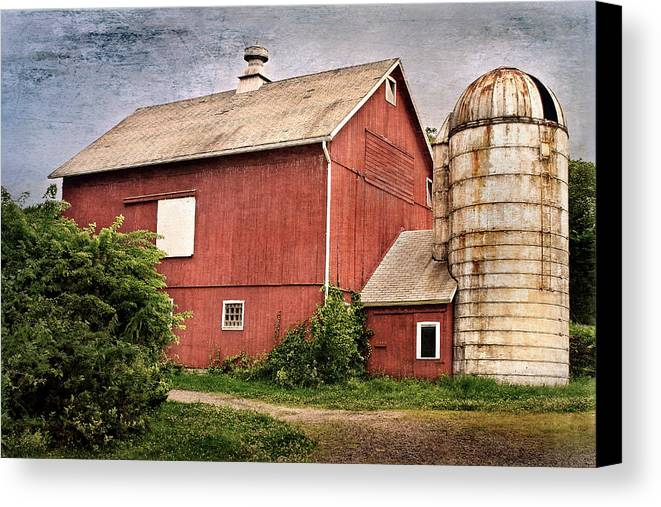 Red Barn Canvas Print featuring the photograph Rustic Barn by Bill Wakeley