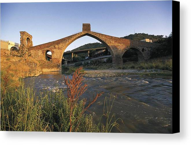 Horizontal Canvas Print featuring the photograph Spain. Martorell. Pont Del Diable Evils by Everett
