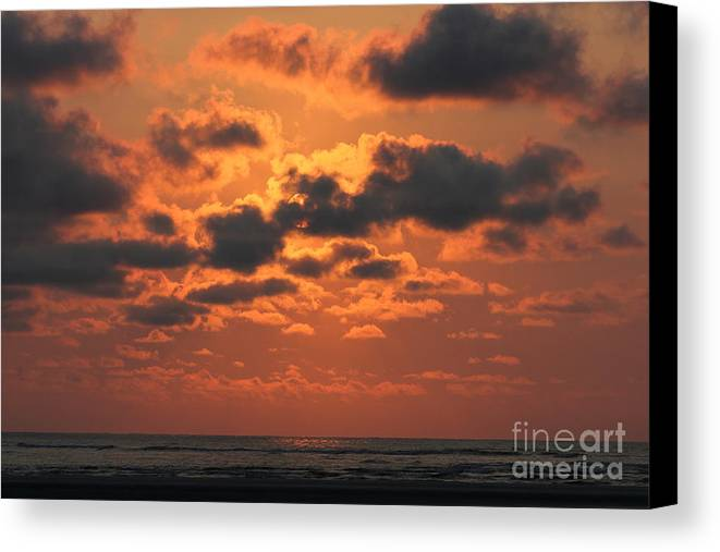 Reid Callaway Seaside Canvas Print featuring the photograph St Simons And Sea Island Sunrise by Reid Callaway