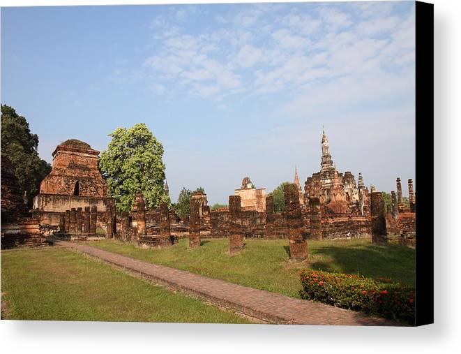Sukhothai Canvas Print featuring the photograph Sukhothai Historical Park - Sukhothai Thailand - 011344 by DC Photographer