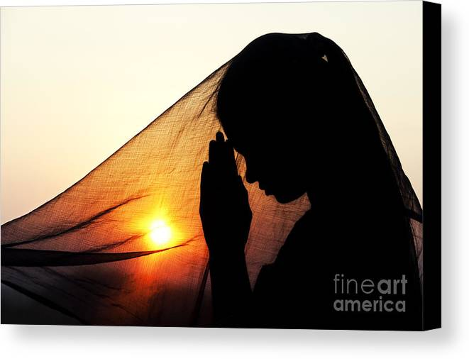 Girl Canvas Print featuring the photograph Sunset Prayers by Tim Gainey