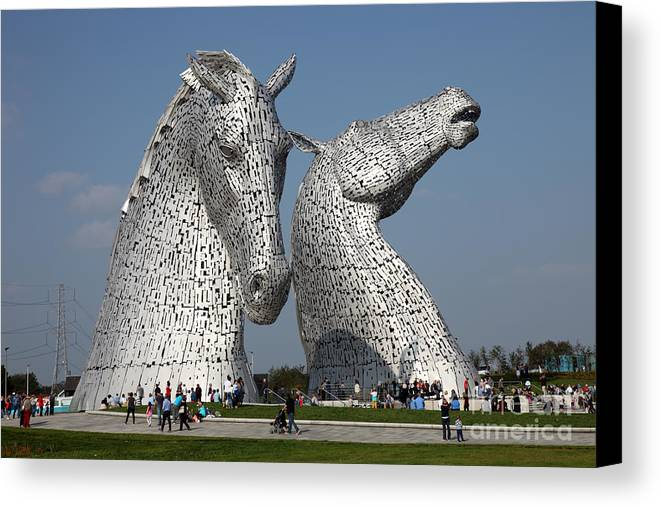 Kelpies Canvas Print featuring the photograph The Kelpies by Ros Drinkwater