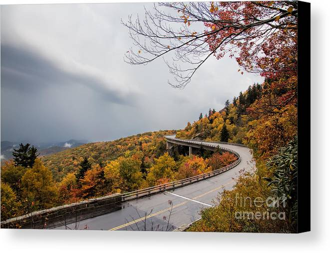 The Linn Cove Viaduct In Fall With Colors Popping Everywhere. Fall Canvas Print featuring the photograph The Linn Cove Viaduct by Robert Loe