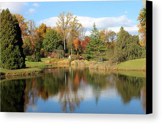 Maryland Canvas Print featuring the photograph Tranquil by Cathy Underwood