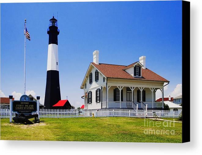Lighthouse Canvas Print featuring the photograph Tybee Island Light by David Davis