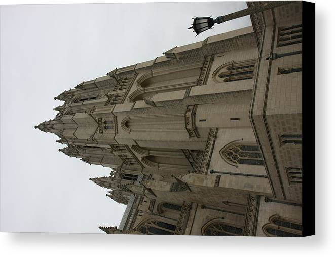 Alter Canvas Print featuring the photograph Washington National Cathedral - Washington Dc - 011367 by DC Photographer