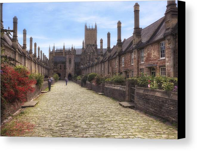 Wells Canvas Print featuring the photograph Wells by Joana Kruse