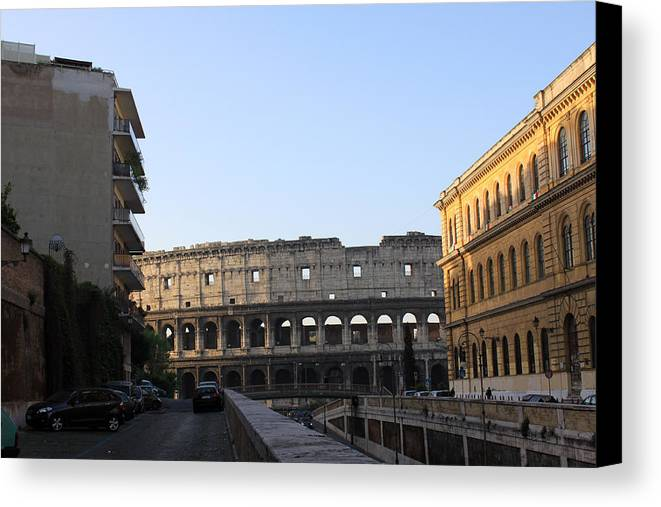 Colosseum Canvas Print featuring the photograph Colosseum Early Morning by Munir Alawi