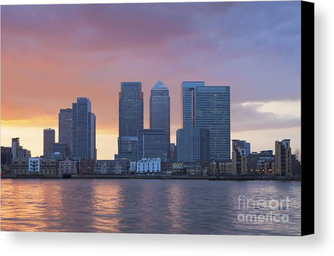 Britain Canvas Print featuring the photograph Canary Wharf In London by Roberto Morgenthaler