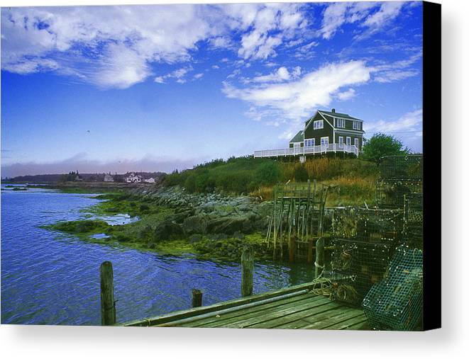 Seascape Canvas Print featuring the photograph A Good View by Mel Felix