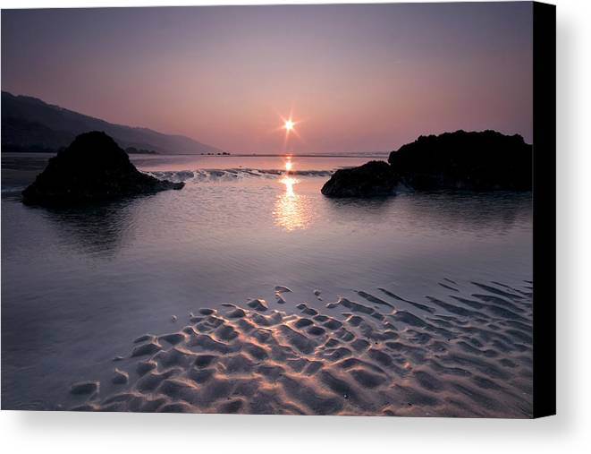 Horizontal Canvas Print featuring the photograph Beach At Sunset by David Augustin