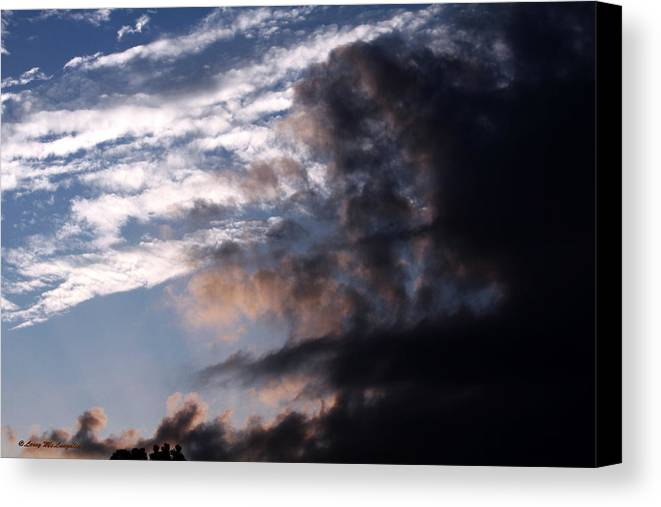 Sky Photographs Canvas Print featuring the photograph Black And White by Leroy McLaughlin