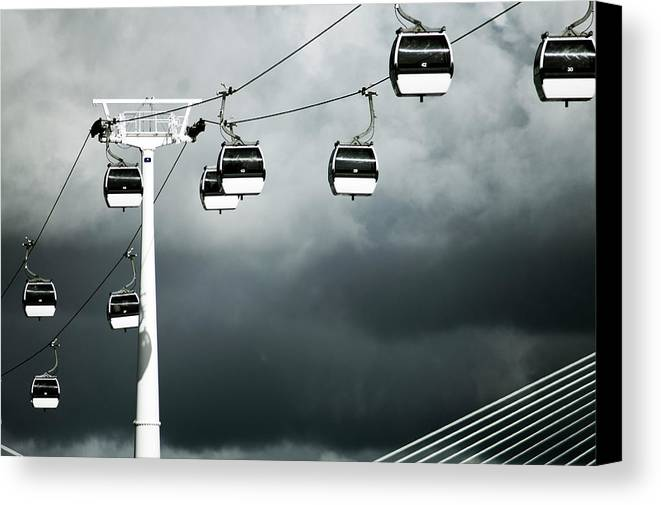 Horizontal Canvas Print featuring the photograph Cable Railway In Lisbon. by Pedro Jesús Pacheco Martín
