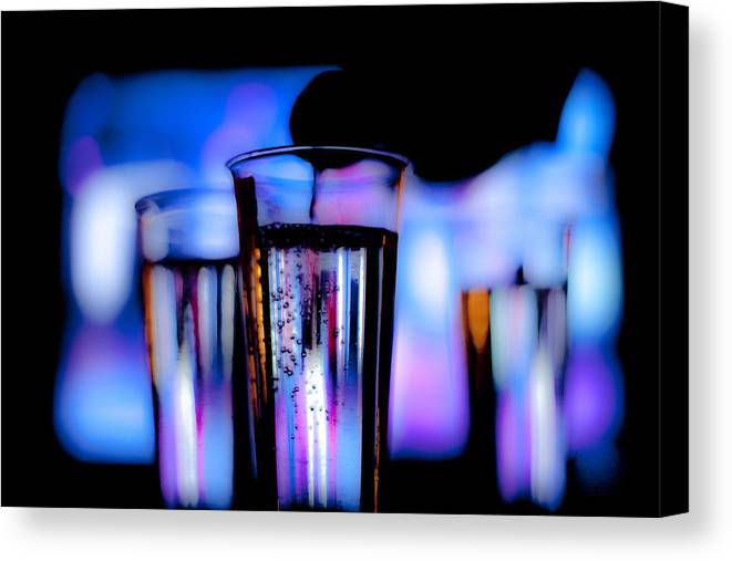 Canon Canvas Print featuring the photograph Champagne by Hakon Soreide