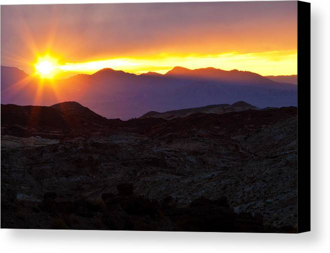 Valley Of Fire Canvas Print featuring the photograph Daybreak by James Marvin Phelps