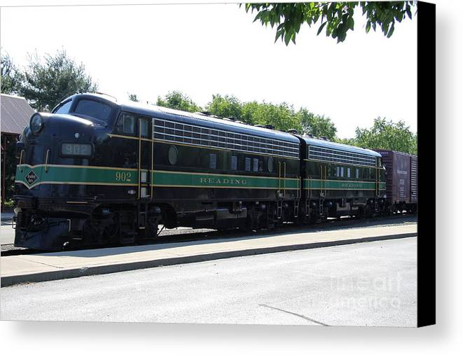 Lackawanna Railroad Canvas Print featuring the photograph Engine 902 - Reading Lines by Christiane Schulze Art And Photography
