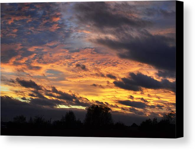 Sky Canvas Print featuring the photograph English Autumnal Sky by Terence Davis