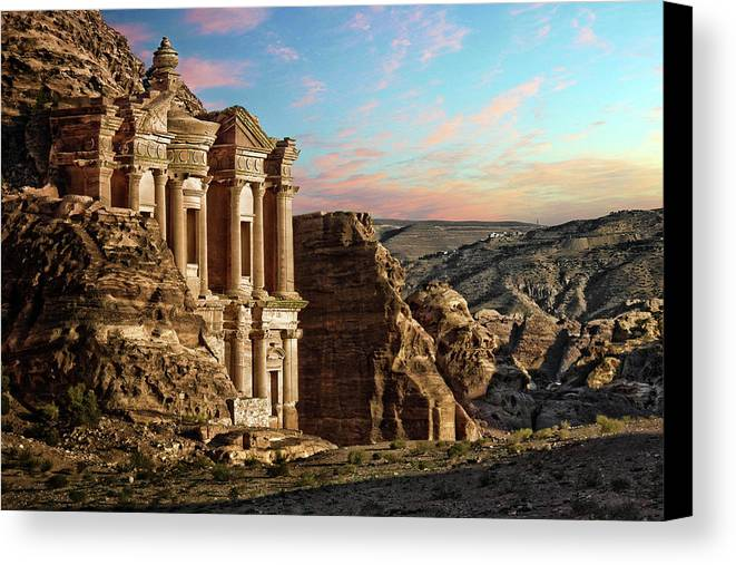 Horizontal Canvas Print featuring the photograph Fantasy by David Lazar