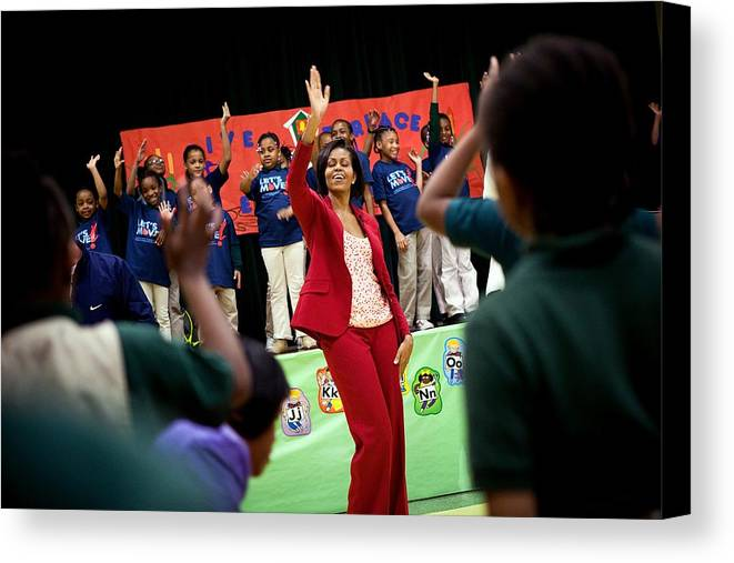 History Canvas Print featuring the photograph First Lady Michelle Obama Exercises by Everett