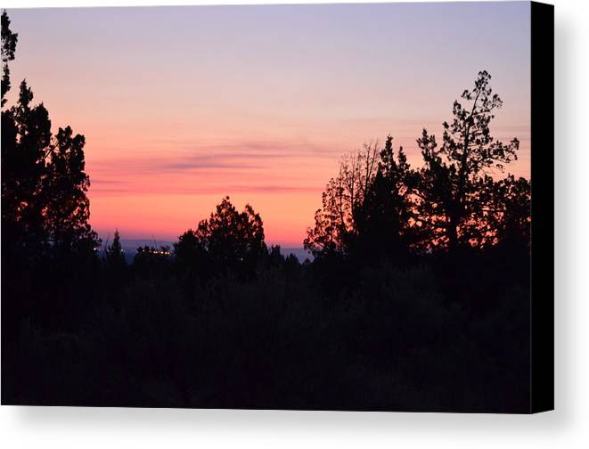 Oregon Canvas Print featuring the photograph Good Morning Madras by Linda Larson