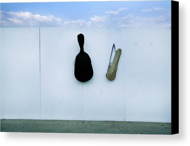 Horizontal Canvas Print featuring the photograph Guitar And Violin Case In Plaza Garibaldi In Df. by 4 Eyes Photography