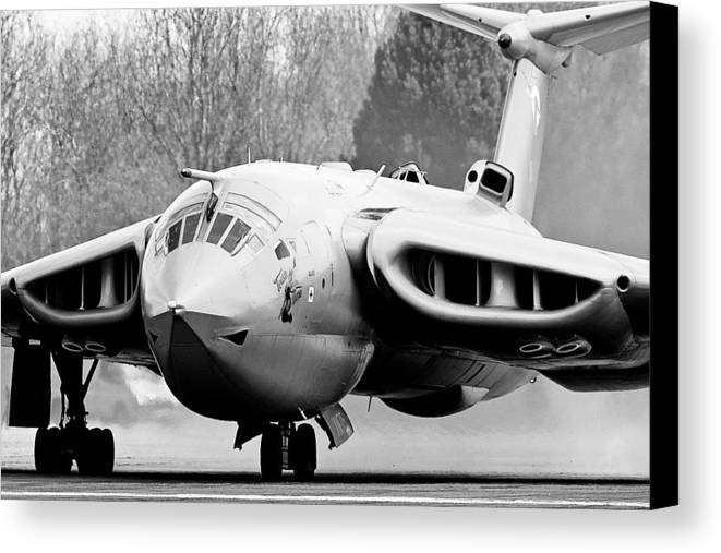 Handley Page Canvas Print featuring the photograph Handley Page Victor #6 by Tim Croton