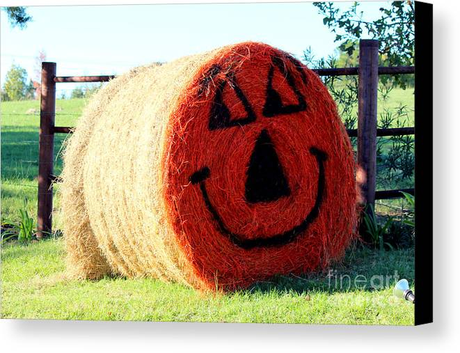 Halloween Decorations Canvas Print featuring the photograph Happy Fall Face by Kathy White