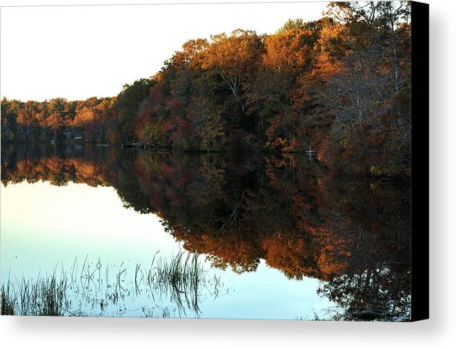 Lake Canvas Print featuring the photograph Lakeside South County by Barry Doherty