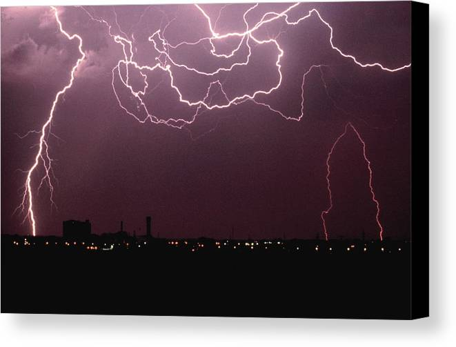 Horizontal Canvas Print featuring the photograph Lightning Over City by John Foxx