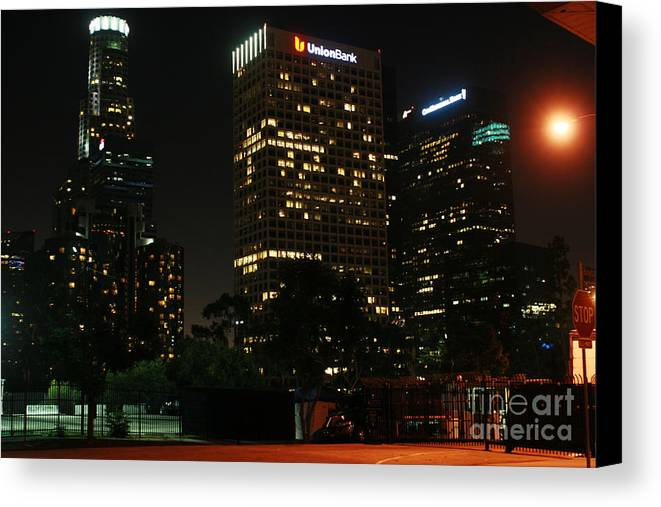 La Canvas Print featuring the photograph Los Angeles City by Chris Apablaza