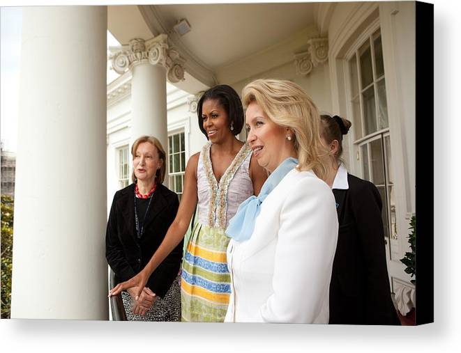 History Canvas Print featuring the photograph Michelle Obama Hosts First Lady by Everett