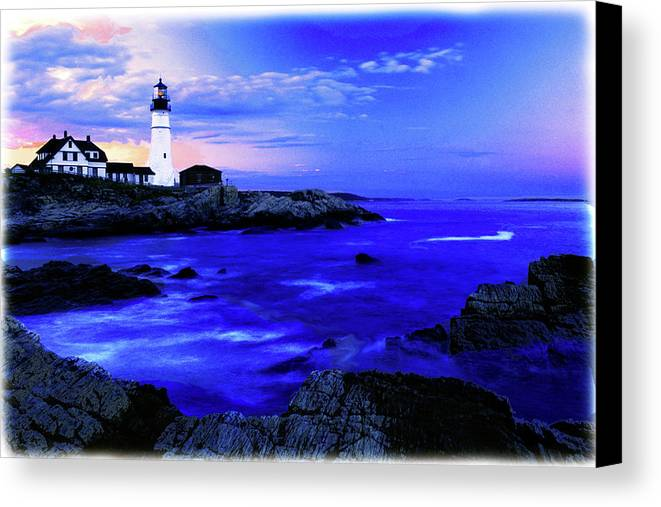 Lighthouse Canvas Print featuring the photograph Portland Head Lighthouse by Fred Kirchhoff