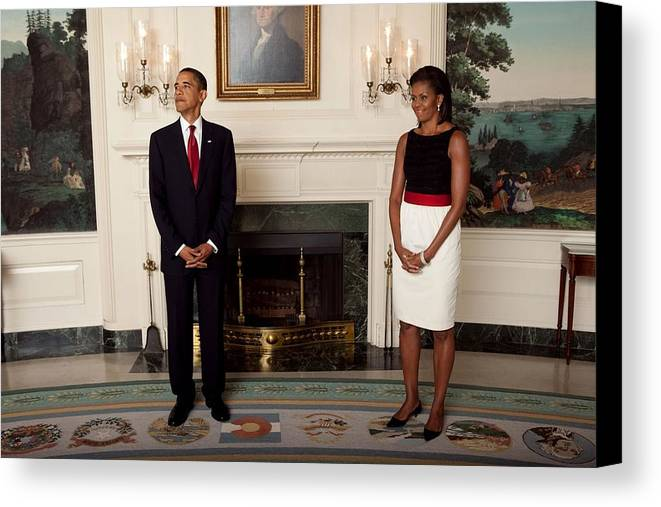 History Canvas Print featuring the photograph President And Michelle Before The Start by Everett