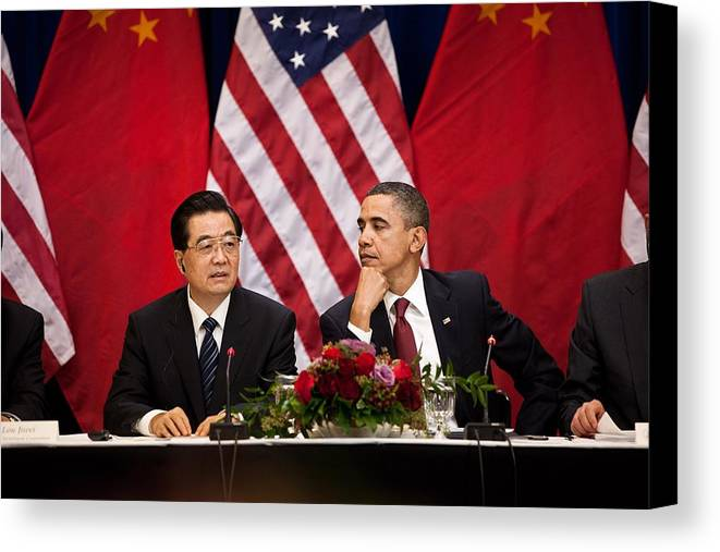 History Canvas Print featuring the photograph President Obama And Chinese President by Everett