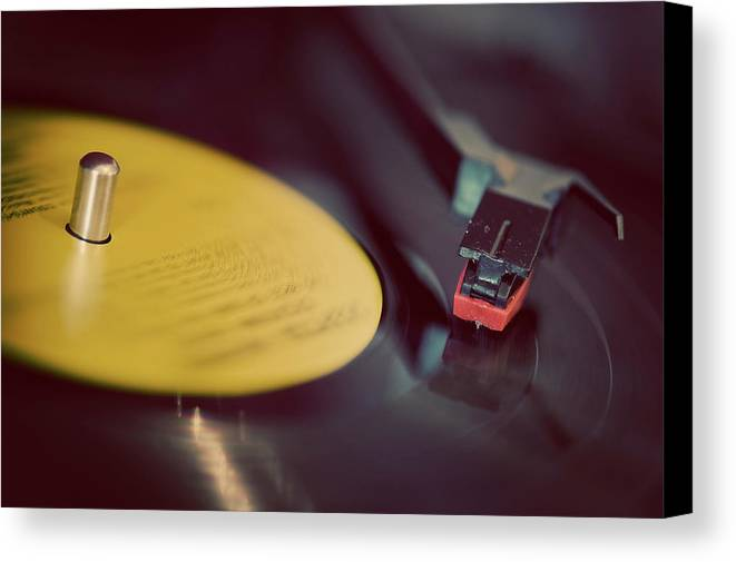 Horizontal Canvas Print featuring the photograph Record Player by Julie Anne Images