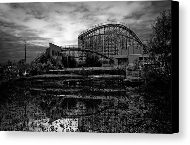 New Orleans Canvas Print featuring the photograph Reflections Of The Mega Zeph by Pixel Perfect by Michael Moore