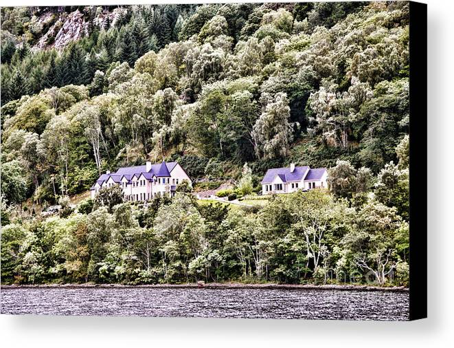 Loch Ness Canvas Print featuring the photograph Scotland Homes by Chuck Kuhn