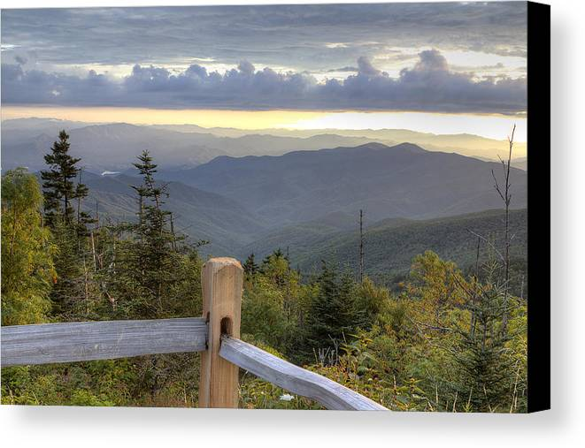 Clingmans Dome Canvas Print featuring the photograph View From Clingmans Dome 2 by Mike Aldridge