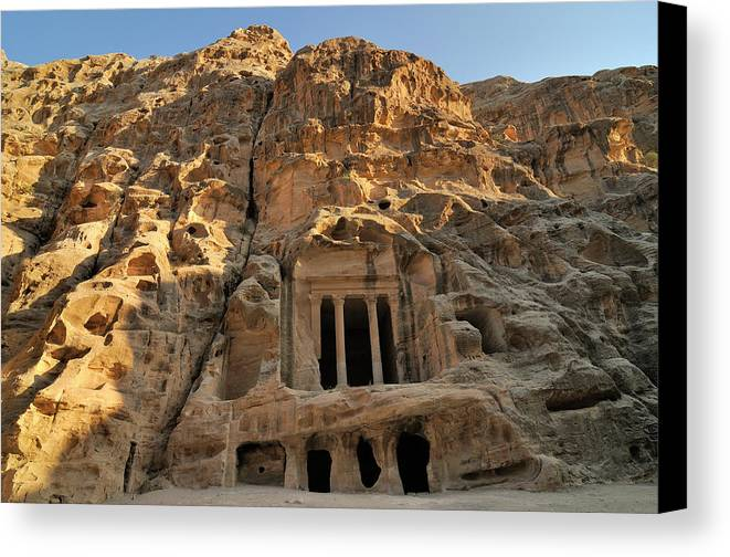 Horizontal Canvas Print featuring the photograph View Of Pequeña Petra by Molina