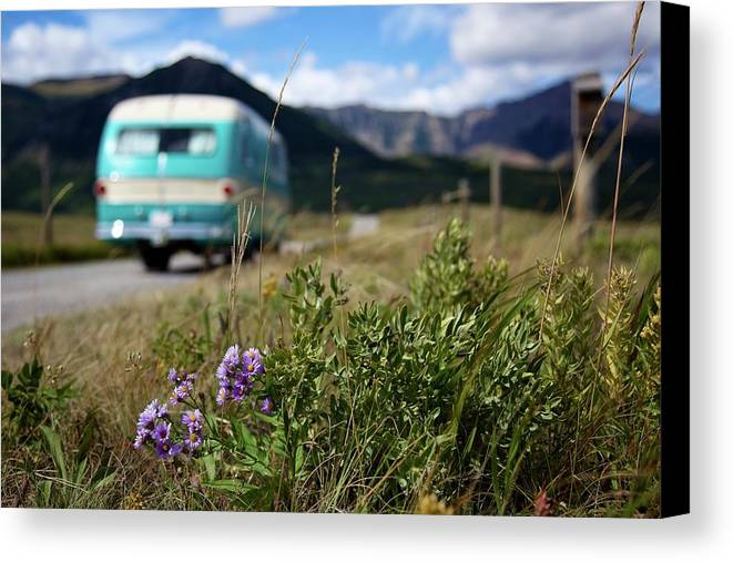 Horizontal Canvas Print featuring the photograph Vintage Motorhomes by Jason Auch