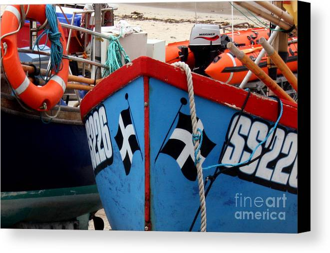 Harbour Canvas Print featuring the photograph Working Harbour by Terri Waters