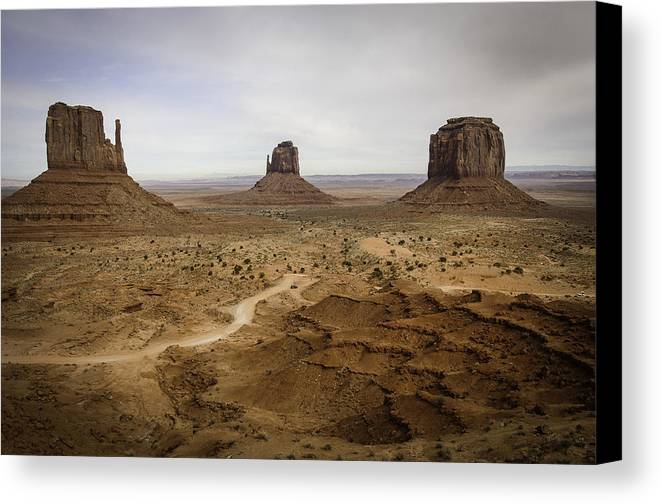 Monument Valley. Landscape Canvas Print featuring the photograph 100 by Garth Pillsbury
