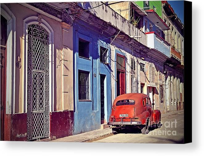 Havana Canvas Print featuring the photograph Havana Cuba by Chris Andruskiewicz