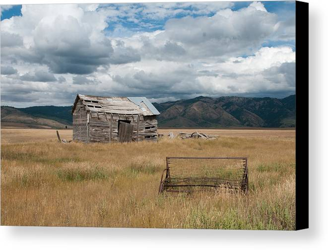 Mountains Canvas Print featuring the photograph Abandoned by Kevin Hurley