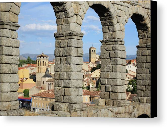 Horizontal Canvas Print featuring the photograph Aqueduct, Segovia, Spain by Jumper
