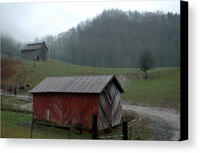 Barn Canvas Print featuring the photograph Barn At Stecoah by Kathy Schumann