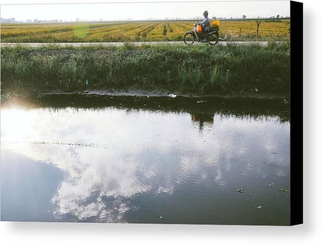 Beautiful Canvas Print featuring the photograph Beautiful Ride by Sheikh Qayyum