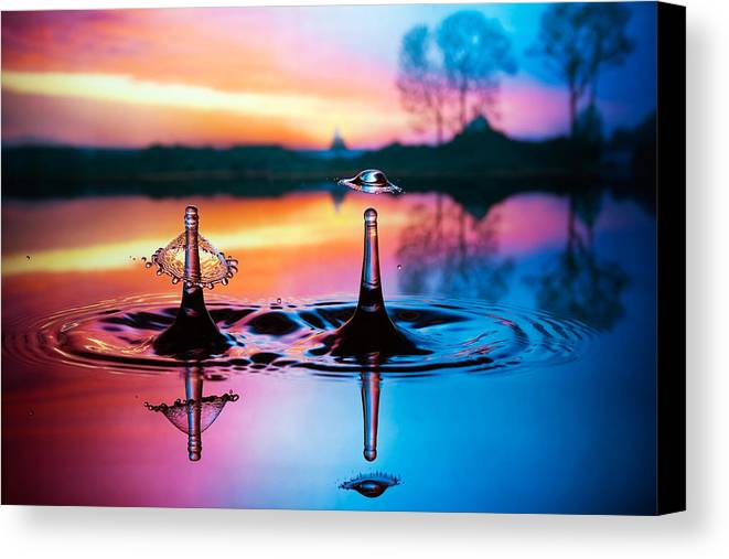 Water Canvas Print featuring the photograph Double Liquid Art by William Lee