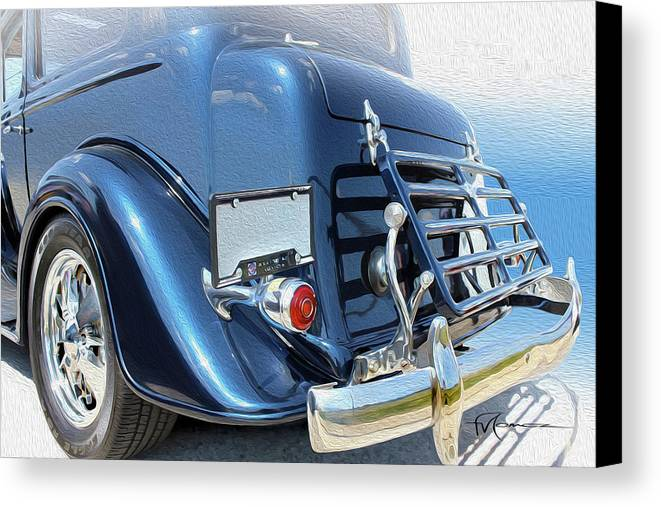 Classic Automobiles Canvas Print featuring the photograph Outside Racket by Felipe Gomez