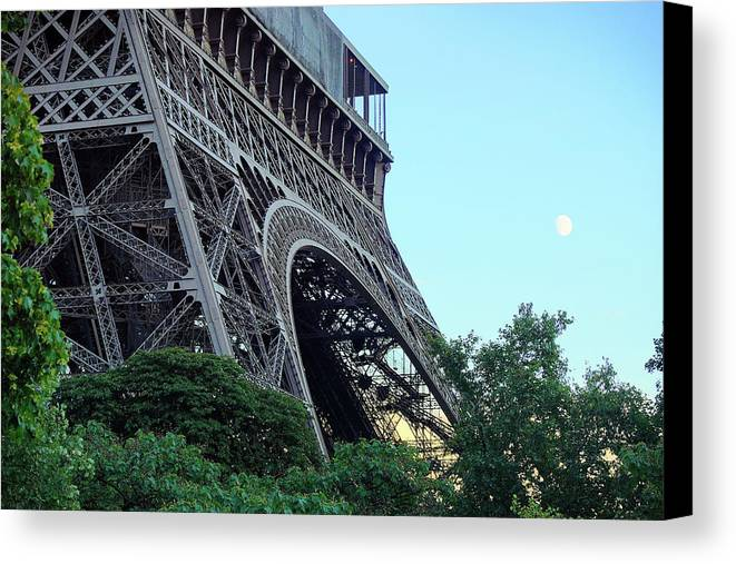 Eiffel Tower Canvas Print featuring the photograph Eiffel Tower 8 by Craig Andrews